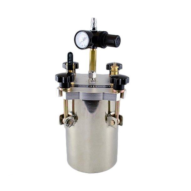 Pressure tanks for dispensing